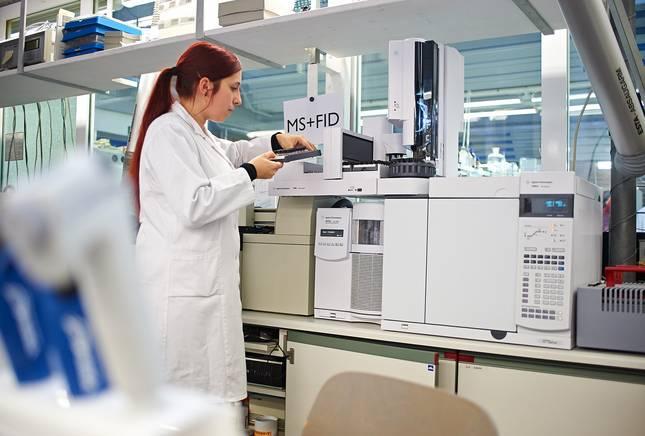 Moderne Messgeräte in den Laboren der Hochschule Coburg