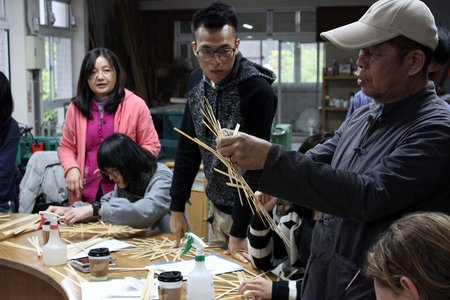 The students learned to cut and peel bamboo.